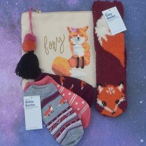 NWT Fox Socks and Foxy Bag Bundle